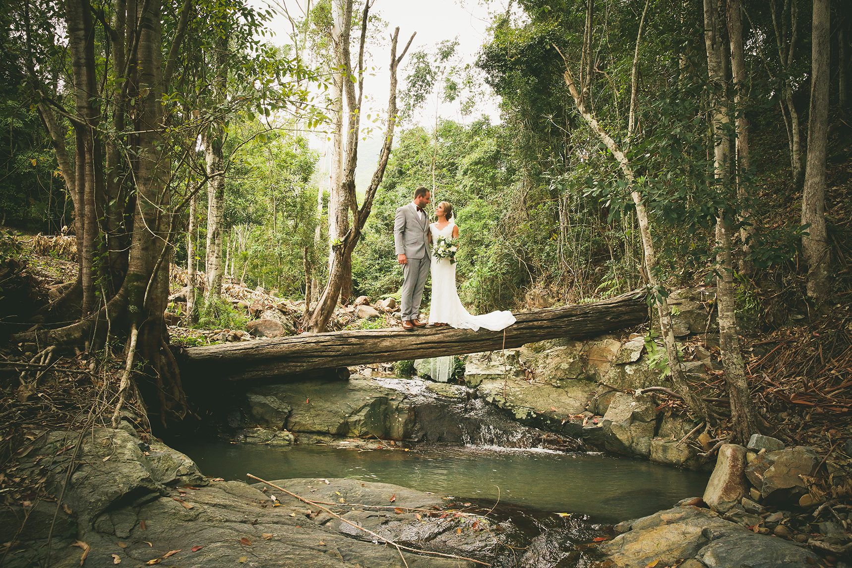wedding photographers gold coast